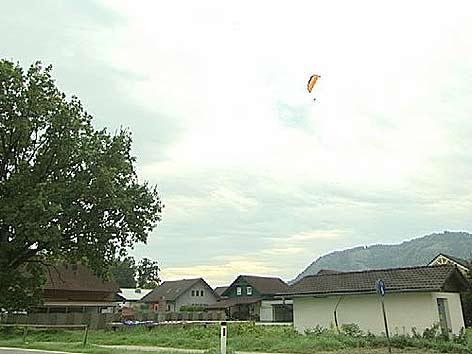 Ossiacher See Siedlung Paragleiter